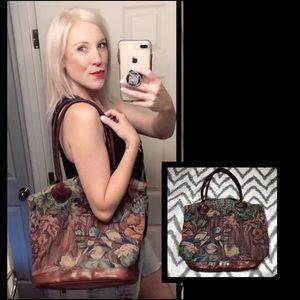 Lovely, VINTAGE, tapestry bag!!
